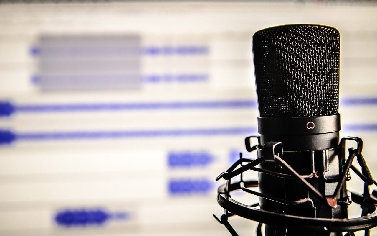 Microphone programming podcasts